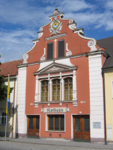 Das Heimatmuseum befindet sich im Rathaus. Ratausstrasse 5 (Linker Eingang)